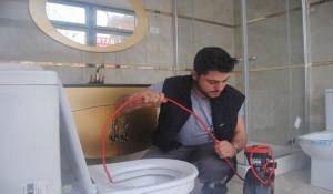 tikanmis-tuvalet-nasil-acilir