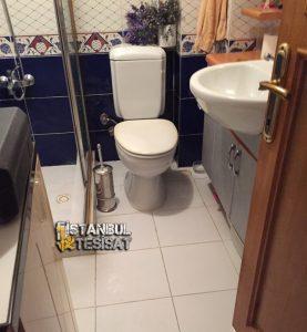 lavabo-ve-musluk-montaji-yapan-su-tesisatci
