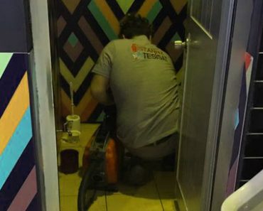 kamerali-alet-ile-tuvalet-acma-servisi-numaralari-54